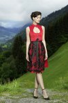 Dirndl Red Heart 4